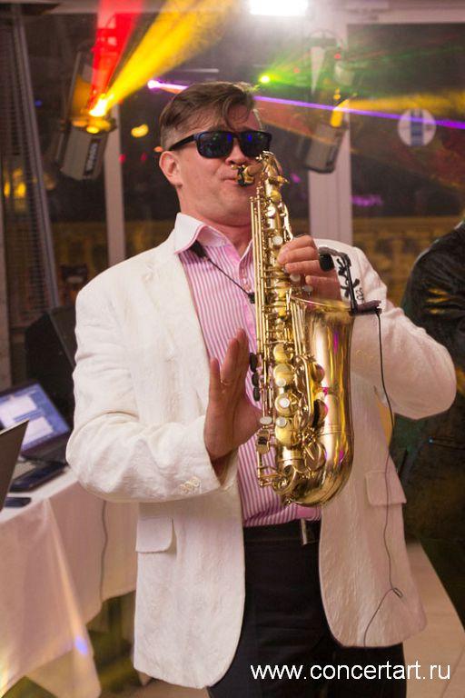 Саксофонист 21